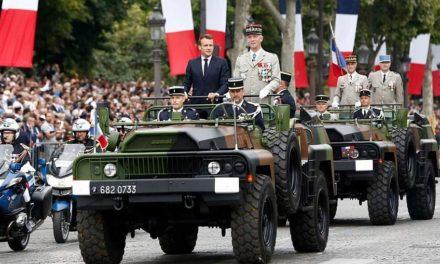 Στρατηγοί με παντόφλες ονειρεύονται πραξικόπημα