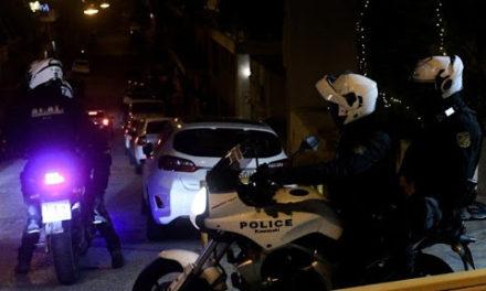 Οδηγός επιχείρησε να χτυπήσει αστυνομικούς – Επεισοδιακή σύλληψη στη λεωφόρο Ποσειδώνος
