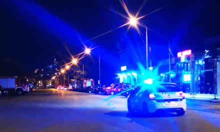 ΒΙΝΤΕΟ: Ένταση με θαμώνες καφετέριας και αστυνομικούς