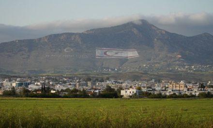 Κύπρος: Με τέτοιους «φωστήρες», είμαστε τυχεροί που υπάρχουμε