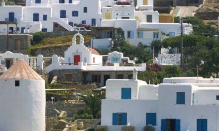 Μητσοτάκης: Στόχος ο καθολικός εμβολιασμός των κατοίκων των νησιών έως το τέλος Ιουνίου