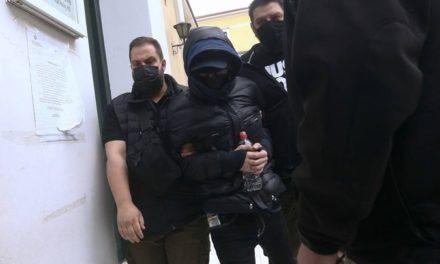 Μένιος Φουρθιώτης: Ζήτησε να κάνει μεροκάματα στις φυλακές