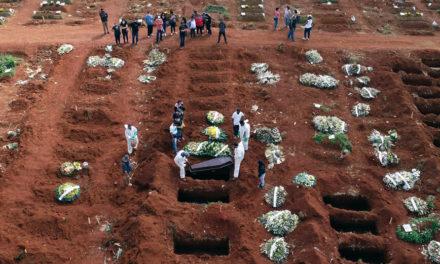 Τρίτο κύμα κορονοϊού απειλεί τη Βραζιλία