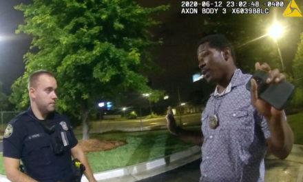 Ξανά στη θέση του ο αστυνομικός που πυροβόλησε πισώπλατα και σκότωσε τον Αφροαμερικανό Ρεϊσάρντ Μπρουκς