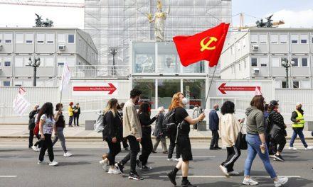 Για δεύτερη σερί χρονιά, η Βιέννη χωρίς το παραδοσιακό, τεράστιο συλλαλητήριο για την Πρωτομαγιά