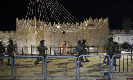 Πάνω από 180 τραυματίες κατά τις συγκρούσεις Παλαιστινίων κι αστυνομικών στην Ιερουσαλήμ