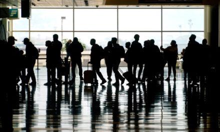 Ομάδες εργασίας ειδικών θα αποφασίσουν πώς θα ξεκινήσουν πάλι τα ταξίδια