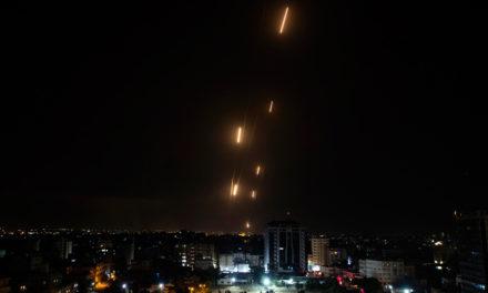 Το Ισραήλ βομβάρδισε καταυλισμό προσφύγων στη Λωρίδα της Γάζας