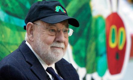 Πέθανε ο καταξιωμένος συγγραφέας και εικονογράφος παιδικών βιβλίων Έρικ Καρλ