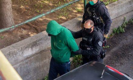 """Ελεύθεροι με όρους οι δύο κατηγορούμενοι για το οπαδικό επεισόδιο στη Θεσσαλονίκη – """"Με έσπρωξε, τρόμαξα και πυροβόλησα"""" – ΦΩΤΟ"""