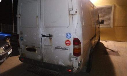 Αμεσοδρασίτες συνέλαβαν διαρρήκτες που βγήκαν… βόλτα με φορτηγό