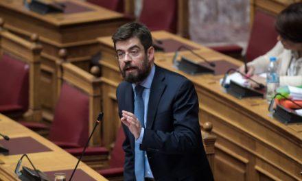 Σε καραντίνα ο ΣΥΡΙΖΑ: Στο νοσοκομείο με κορονοϊό ο τέως υπουργός Δικαιοσύνης Μιχάλης Καλογήρου