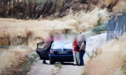 Φωτογραφίες ντοκουμέντο: Αστυνομικός με το υπηρεσιακό όχημα έψαχνε αρχαία και χρυσό