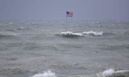 Τρεις νεκροί σε ναυάγιο πλοιαρίου με μετανάστες στις ΗΠΑ, κατηγορίες σε βάρος του καπετάνιου
