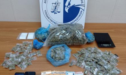 Δύο συλλήψεις για κατοχή και διακίνηση ναρκωτικών στο κέντρο της Αθήνας