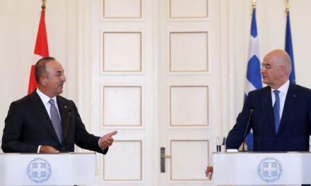 Δένδιας-Τσαβούσογλου: Συμφωνία για το πιστοποιητικό Covid, συνάντηση Μητσοτάκη με Ερντογάν