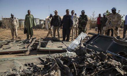 Στους 160 ανήλθαν οι νεκροί από την επίθεση ενόπλων, 20 παιδιά ανάμεσά τους