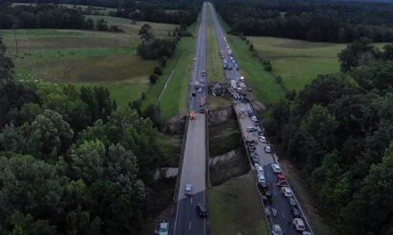 Τραγωδία με 10 νεκρούς, ανάμεσά τους 9 παιδιά σε καραμπόλα 15 αυτοκινήτων στην Αλαμπάμα