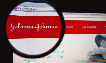H Johnson & Johnson θα καταβάλει αποζημίωση 2,1 δισ. για ταλκ με αμίαντο