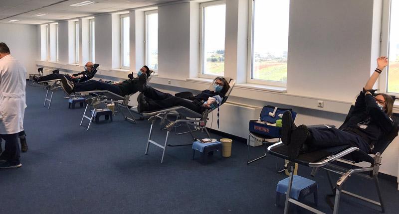 Συγκεντρώθηκαν 85 φιάλες από τη διήμερη αιμοδοσία (pics)
