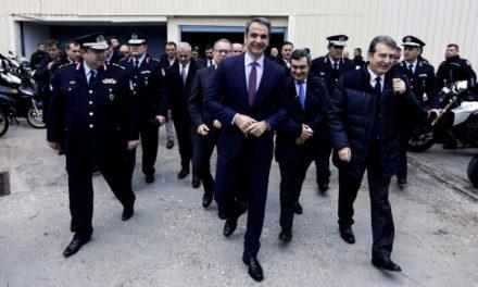 Καλλιακμάνης: «Ο Μητσοτάκης θέλει να ανταμείψει τους αστυνομικούς»