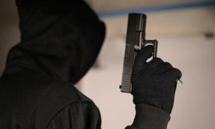 Ένοπλη ληστεία στο Παλαιό Φάληρο – Οι Αστυνομικοί συνέλαβαν τον δράστη