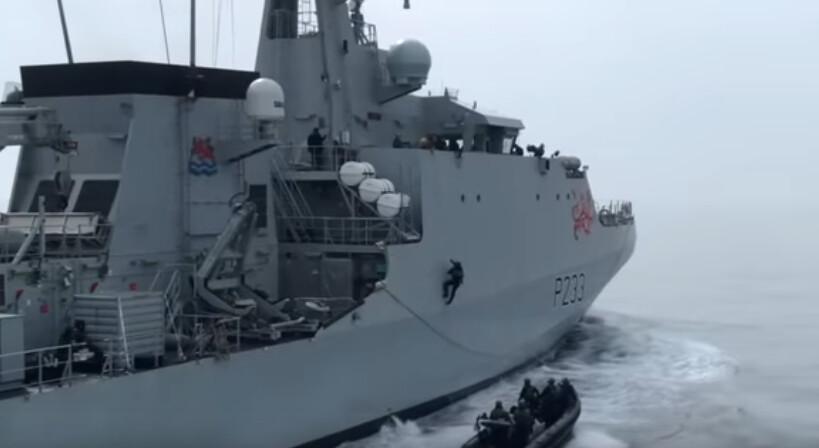 Διαψεύδει η Βρετανία το επεισόδιο με ρωσικό πολεμικό πλοίο