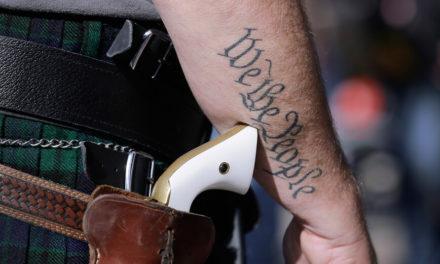 Εγκρίθηκε η δημόσια οπλοφορία χωρίς άδεια – Η απόφαση άνοιξε «πόλεμο»