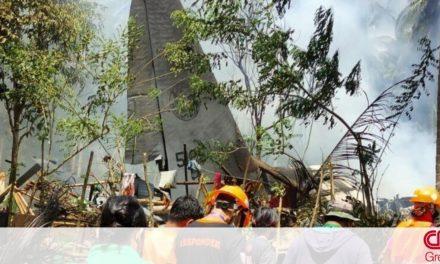 Τραγωδία στις Φιλιππίνες: Αυξήθηκε ο αριθμός των νεκρών από τη συντριβή αεροσκάφους