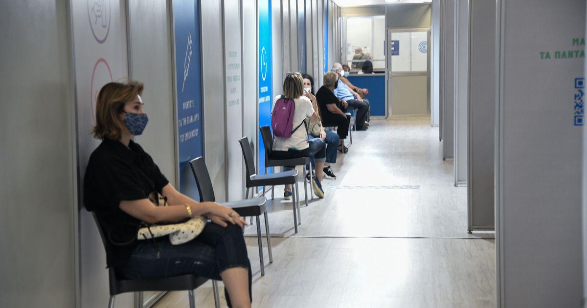 Γεωργιάδης: Περισσότερες ελευθερίες για τους εμβολιασμένους τον χειμώνα