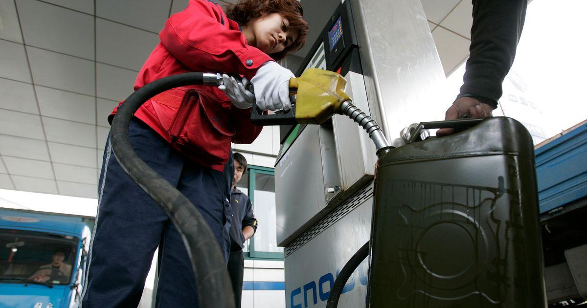 Δείκτης βενζίνης 2021: Ποιος θα αγοράσει την περισσότερη βενζίνη με το μέσο μισθό;