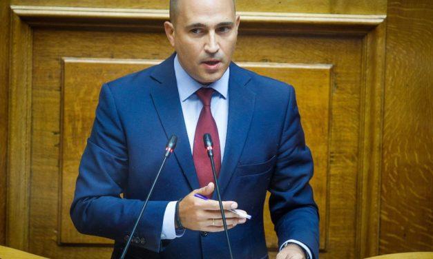 """""""Άδειασμα"""" Μπογδάνου από κυβέρνηση και Ντόρα Μπακογιάννη"""