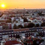 Το Βερολίνο αγοράζει χιλιάδες διαμερίσματα για να λύσει το θέμα των υψηλών τιμών των ακινήτων
