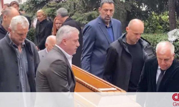 Κηδεία Ντούσαν Ίβκοβιτς: Ο Ομπράντοβιτς σήκωσε το φέρετρο